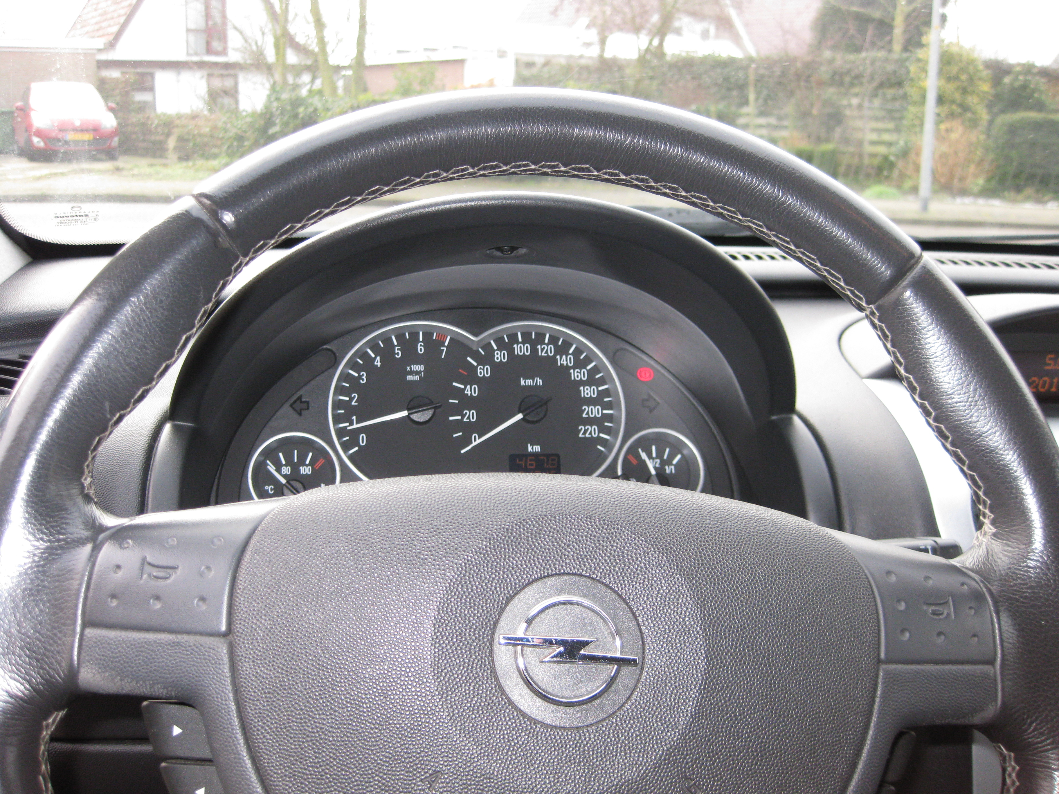 OPEL CORSA 73-NJ-GZ DASHBOARD